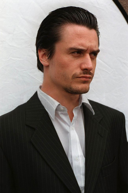 2592921-mike-patton-06