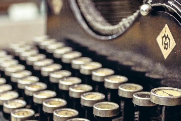 typewriter thumbnail1
